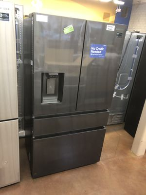 Counter depth refrigerator Samsung 4 door French style for Sale in Glendora, CA