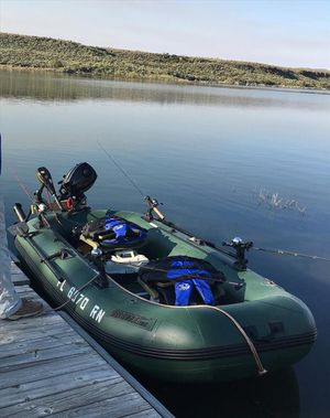 Sea eagle STS10 Inflatable fishing boat 2 seats spin 360 degrees, max weight 1200 pounds for Sale in Houston, TX