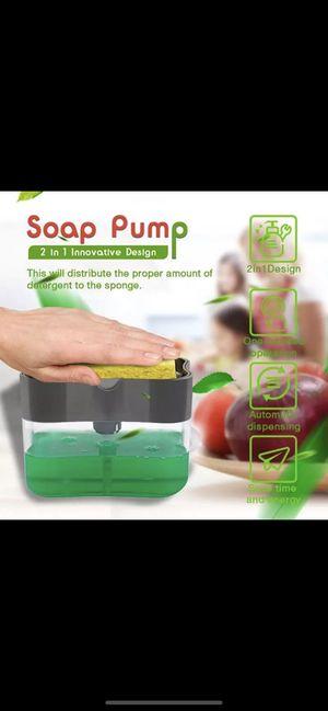 2 in 1 Soap dispenser with sponge for Sale in Staten Island, NY