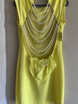 Yellow Sexy See Though Dress Low Cut Back for Sale in Woodhaven, MI