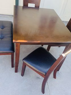 Dining Set With Bench !! for Sale in Fresno,  CA