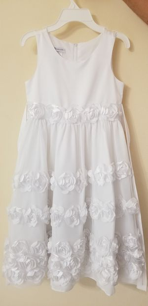 Girls white dress size 5 and size 10 for Sale in Miami, FL