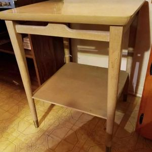 Accent Table for Sale in Ball, LA
