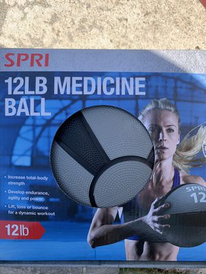 12lbs Weighted Medicine Ball for Sale in Seminole, FL
