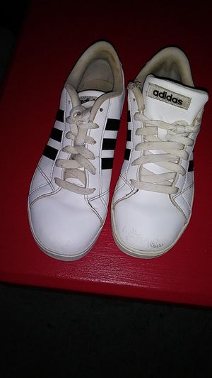 Boys Adidas shoes size 3 and 1/2 15 bucks or best offer for Sale in Columbus, OH