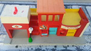 Vintage Fisher-Price toy 75th Avenue and Indian School for only $5 cash great collectible peace for Sale in Phoenix, AZ