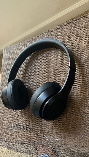 Beats Solo 3 for Sale in Riverdale, GA