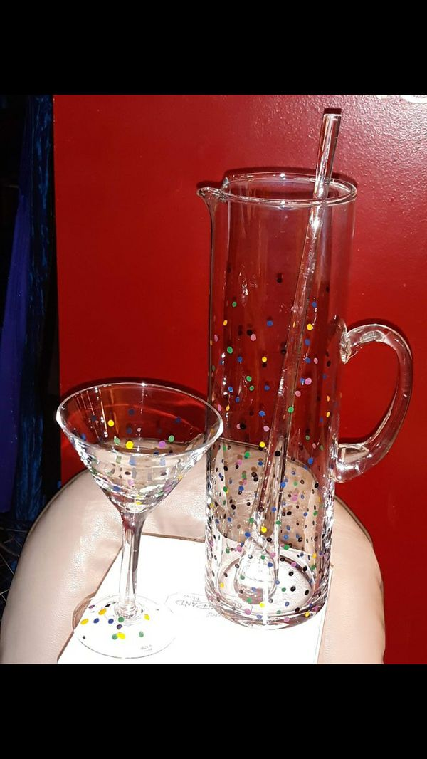 Pampered Chef Martini Carafe/Pitcher and Glass Stirrer and Martini Glass