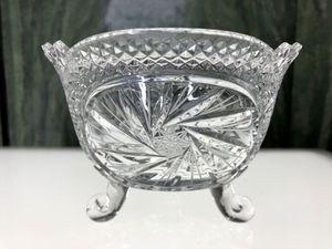 """Crystal Footed Bowl in Excellent Condition H5.5"""" xW8"""" for Sale in Boynton Beach, FL"""