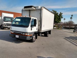 Box truck Mitsubishi runs and drives excellent with reefer for Sale in Alhambra, CA