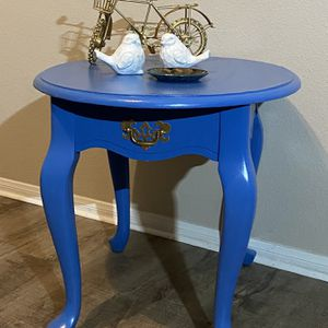 Blue Vintage Side table for Sale in San Diego, CA