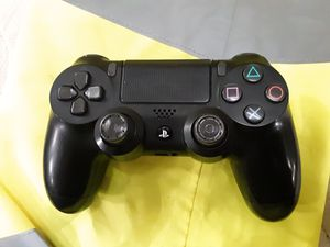 Play station 4 controller for Sale in FAIRMOUNT HGT, MD