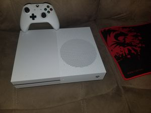 Xbox one s with mouse and keyboard 2 controller for Sale in NEW PRT RCHY, FL