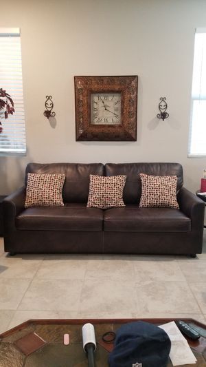 Sleeper sofa couch for Sale in Las Vegas, NV