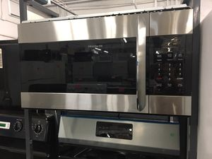 Frigidaire Gallery Stainless Steel Convection Microwave for Sale in Knoxville, TN