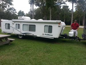 Trailmanor 2720 sl travel trailer 2001 for Sale in New Caney, TX