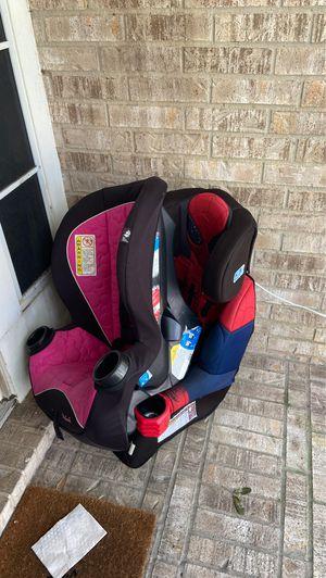 Kids car seat FREE for Sale in Sugar Land, TX