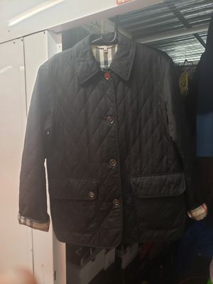 Burberry coat size small with matching hat new for Sale in New York, NY