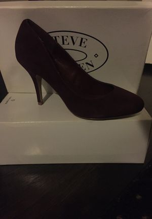 Plum Suede Steve Madden Heels Size 8 1/2 M for Sale in Newton, MA