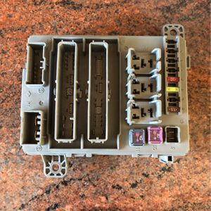 Acura Rear Fuse Panel for Sale in Los Angeles, CA