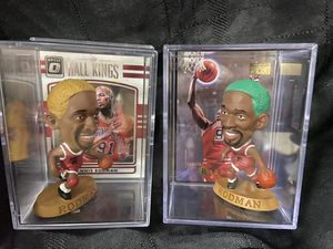 Chicago Bulls Dennis Rodman Mini Display Case with Figure & Card for Sale in El Paso, TX