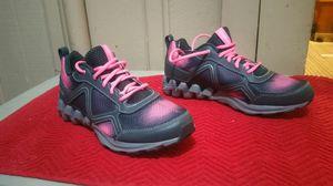 Brand new reebok size 7 men 9 women for Sale in San Diego, CA
