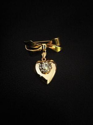 Vintage heart brooch for Sale in Whittier, CA