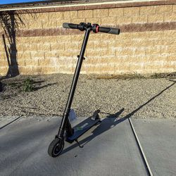 Electric scooter folding 250w motor for Sale in Murrieta,  CA