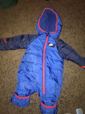 Nike snow suit 3M for Sale in Washington, DC