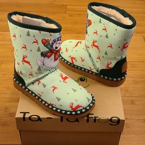 Snow And Rain Boots Size 3y For Kids. for Sale in Lynwood, CA