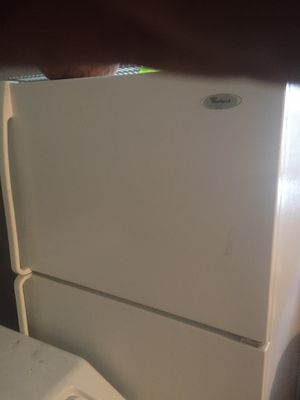 Whirlpool fridge and freezer for Sale in Naples, FL