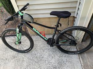 2017 Marin wildcat trail 3 women's bike for Sale in Kennesaw, GA