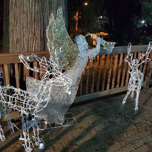 Christmas Decorations Outdoor for Sale in Bonney Lake, WA