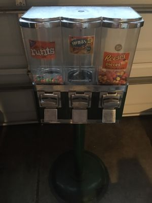 3 slot candy and gum machine on stand ALL METAL Arcade for Sale in Fresno, CA