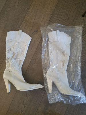Aldo Elinora White Leather Boots Women's Size 8 for Sale in Tempe, AZ