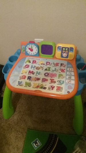 Vtech touch and learn activity table desk with chair for kids for Sale in Cypress, TX