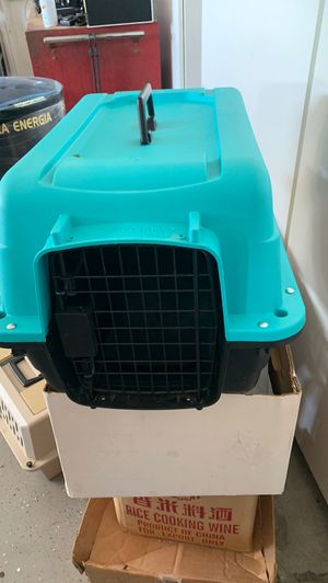 Pet carrier for Sale in Wildomar, CA