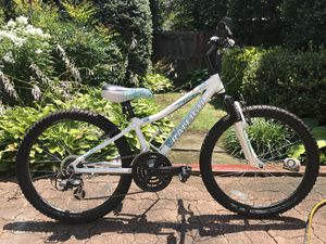 """20"""" Raleigh Ivy Girls/ladies bike -like new! for Sale in North Potomac, MD"""