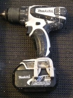 Makita drill (DEAD BATTERY NO CHARGER) for Sale in Denver, CO