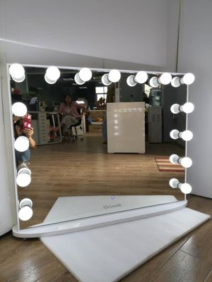 "BRAND NEW VANITY MIRROR 40""X32"" Hollywood Vanity XL Mirror for Sale in Fontana, CA"