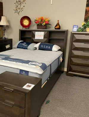 SPECIAL] Chesky Bookcase Storage Platform Bedroom Set byHomelegance for Sale in Jessup, MD