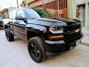 2016 Chevrolet Silverado 1500 4x4 for Sale in San Diego, CA