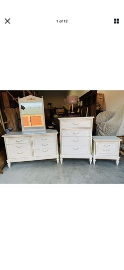Dixie 3-Piece French Provincial Mid century Modern Bedroom Triple Dressers Set for Sale in Mukilteo,  WA