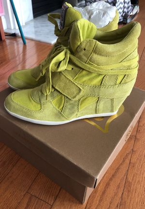 Ashalita AS-BOWIE Women's sz 9.5 or 40M for Sale in Fairfax, VA