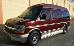 2004 Chevy Express G1500 Conversion Van By Explorer for Sale in Hialeah, FL