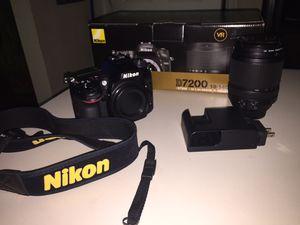 Nikon d7200 digital camera with Nikon 18-140 lens for Sale in Roanoke, VA