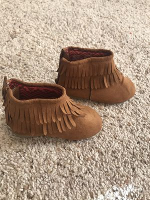 Infant/ baby girl boots size 5 for Sale in Tacoma, WA