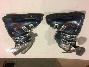 Woman ski boots for Sale in Bridgeport, CT
