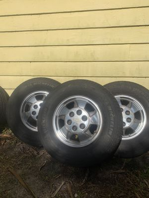 """Tires and Rims Chevy 16"""" for Sale in Fort Lauderdale, FL"""