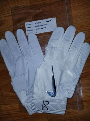 Brand New Nike Huarache Elite White White Baseball Batting gloves Adult Large Only for Sale in West Covina, CA